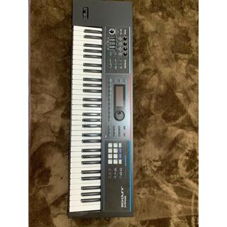 ローランド(Roland)のRoland JUNO-DS61 フットペダル、純正リュック型ソフトケース付き(キーボード/シンセサイザー)