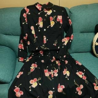 カネコイサオ(KANEKO ISAO)のカネコイサオ  アツギオオニシのスカートセットアップ(セット/コーデ)