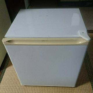 サンヨー(SANYO)の送料込 サンヨー 冷蔵庫 SR-5K(w)      47 L(冷蔵庫)