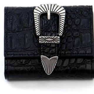 トーガ(TOGA)の クロコ型 ボックスコイン 三つ折り ミニ財布 TOGA風(財布)