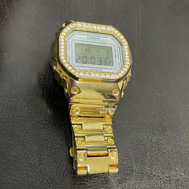G-SHOCK(ジーショック)のG-SHOCK カスタム ゴールドジルコニア メンズの時計(腕時計(デジタル))の商品写真