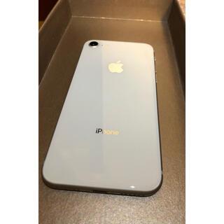 アップル(Apple)のiPhone 8 Silver 64 GB SIMフリー(スマートフォン本体)