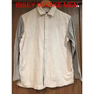 イッセイミヤケ(ISSEY MIYAKE)の【ISSEY MIYAKE MEN バイカラーカットソーシャツ】(シャツ)