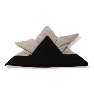 スリーコインズ(3COINS)のスリコ★兜のかぶりもの【ブラック】(帽子)