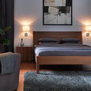 イケア(IKEA)の【一部送料無料】大人2人で寝れます!IKEA クイーンサイズ ベッドフレーム(クイーンベッド)