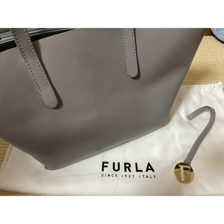 Furla - FURLA フルラ サリー グレー