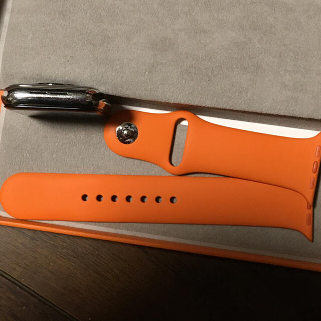 Apple Watch(アップルウォッチ)のApple Watch Series 4 44mm HERMES 保証付 メンズの時計(腕時計(デジタル))の商品写真