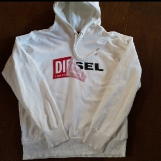 DIESEL - DIESEL  根強い人気のボックスロゴパーカー