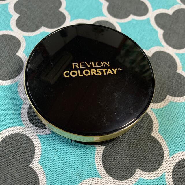 REVLON(レブロン)のレブロン カラーステイクッションロングウェアファンデーション コスメ/美容のベースメイク/化粧品(ファンデーション)の商品写真