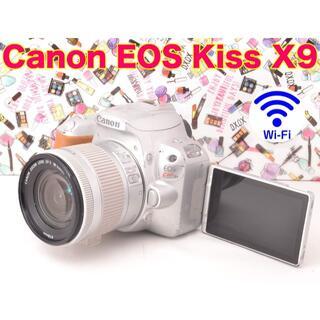 Canon - ☆Wi-Fi搭載♪自撮り♪初心者最適!! Canon EOS Kiss X9☆