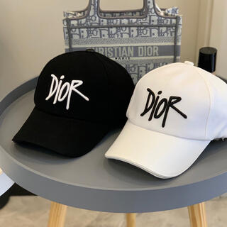 Dior - DIOR 帽子キャップ 黒