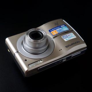OLYMPUS - ☆美品☆ OLYMPUSオリンパス コンパクトデジタルカメラ FE-45