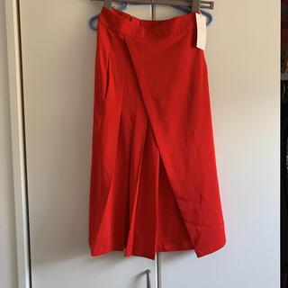 グースィー(goocy)のグースィー 新品未使用 タグ付き レッドプリーツスカート(ロングスカート)