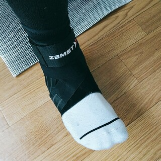 ザムスト(ZAMST)の専用 ザムスト A1 右 足首サポーター Lサイズ(トレーニング用品)