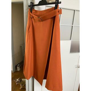エル(ELLE)のカジュアルスカート(ひざ丈スカート)
