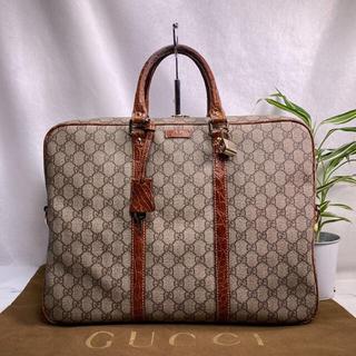 Gucci - 定価25万✨レア✨美品✨GUCCI  GGスプリーム クロコ ビジネスバッグ