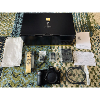 Nikon - 新品未使用品 ニコン Nikon Z5 フルサイズミラーレス一眼カメラ 送料無料
