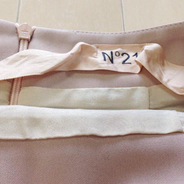 N21 ヌーディお値下げ⭐️ピンク スモーキーピンク スカート マーメイド レディースのスカート(ひざ丈スカート)の商品写真