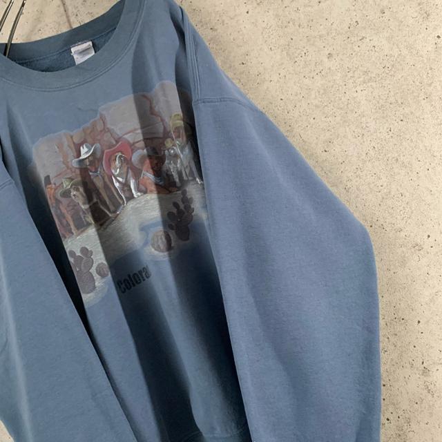 GILDAN(ギルタン)の【ゆるだぼ‼︎】スウェット 古着 スカイブルー プリント アニマル レア メンズのトップス(スウェット)の商品写真