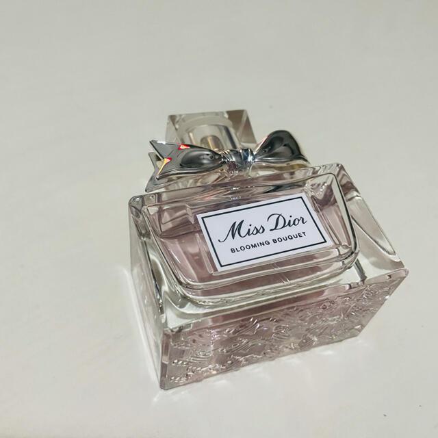 Dior(ディオール)の専用です コスメ/美容の香水(香水(女性用))の商品写真