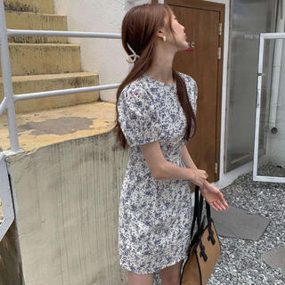 ZARA - 韓国 花柄ワンピース