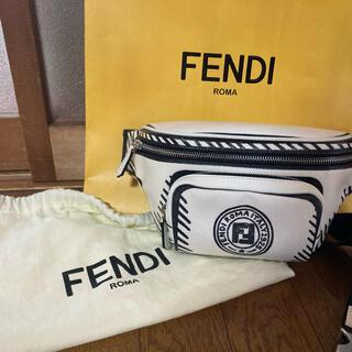 フェンディ(FENDI)のFENDI ボディーバッグ 土曜日限定!大幅値下げ(ボディーバッグ)
