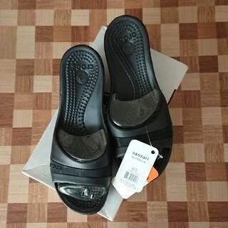 crocs - クロックス ササリー  ブラック  W9