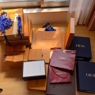 LOUIS VUITTON - ルイヴィトン、カルティエ、グッチ、空箱、紙袋