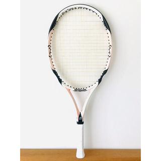 ウィルソン(wilson)の美品/ウィルソン『ケーストライク KSTRIKE』最軽量/女性向けテニスラケット(ラケット)