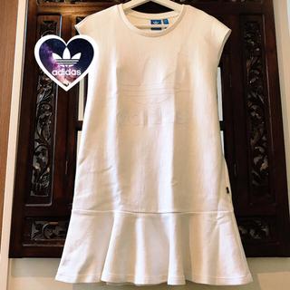 adidas - アディダス シンプル 白 ビッグロゴ タンクトップ Tシャツ ワンピース