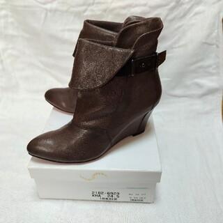 インディビジュアル(INDIVIDUAL)のINDIVIDUAL ショートブーツ 8cmヒール(ブーツ)