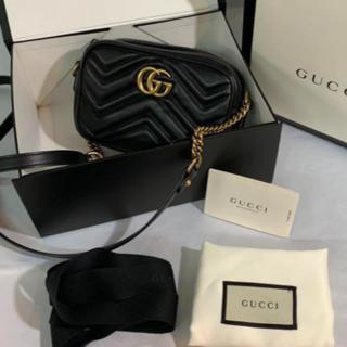 Gucci - GUCCI GG マーモント ショルダーバッグ