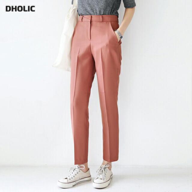 dholic(ディーホリック)のDHOLIC セミハイウエストスラックス レディースのパンツ(カジュアルパンツ)の商品写真
