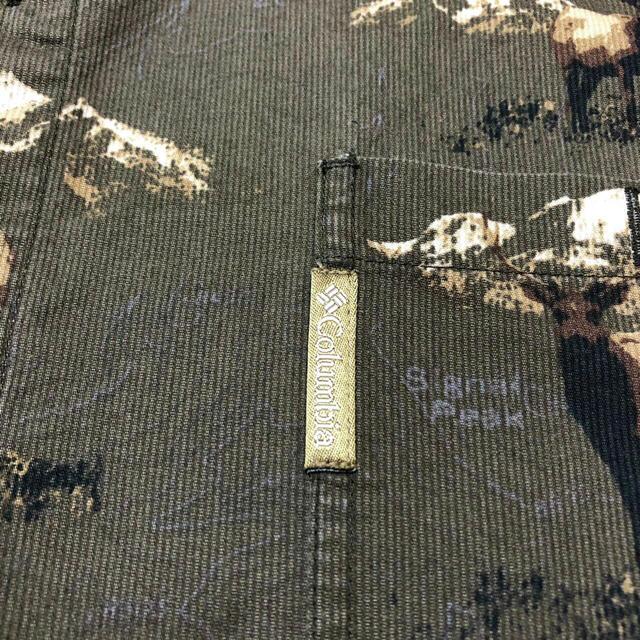 Columbia(コロンビア)の【コロンビア】畝入りアニマル柄シカ柄ロゴタグ総柄ハンティングシャツ メンズのトップス(シャツ)の商品写真