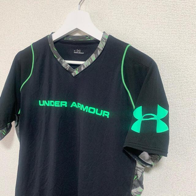 UNDER ARMOUR(アンダーアーマー)の★美品★アンダーアーマー トレーニングウェア メンズLG 黒 Tシャツ ロゴ メンズのトップス(Tシャツ/カットソー(半袖/袖なし))の商品写真