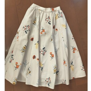 GRACE CONTINENTAL - 【新品未使用】お花柄*ロングスカート