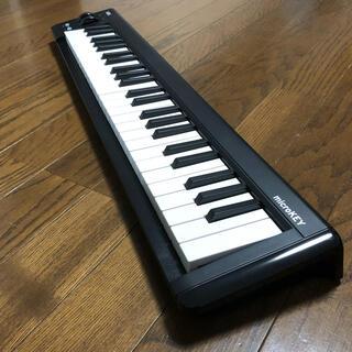 コルグ(KORG)のMIDIキーボード Microkey2-49(MIDIコントローラー)