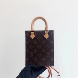 LOUIS VUITTON -  送料無料☆ 美品 ☆ ルイヴィトン ショルダーバッグ
