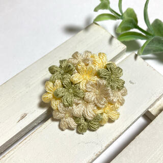フラワータルトブローチ*野の花(コサージュ/ブローチ)