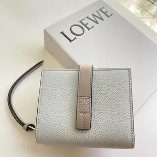 LOEWE - ラスト1【新品】LOEWE ロエベ コンパクト ジップ 二つ折り財布 希少カラー