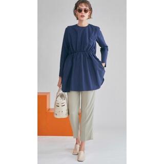 Mila Owen - ミラオーウェンバックボタンチュニックブラウスシャツ紺