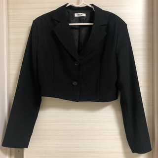 STYLENANDA - ショート丈ジャケット ブラック