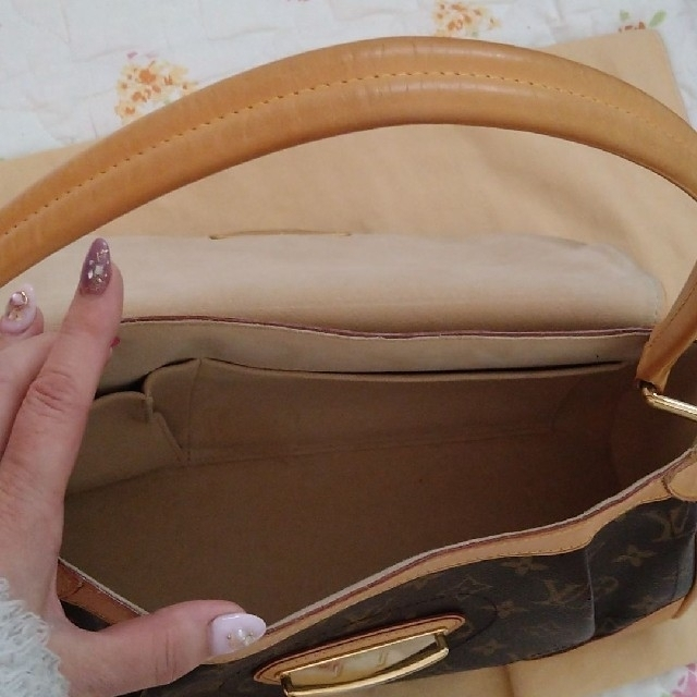 LOUIS VUITTON(ルイヴィトン)のルイヴィトン❤コアラ金具バック レディースのバッグ(ハンドバッグ)の商品写真