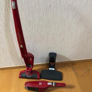 エレクトロラックス(Electrolux)の掃除機 エレクトロラックス Electrolux ergorapido 赤(掃除機)