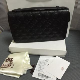 コーチ(COACH)のコーチ COACH 財布/トラベル ドキュメントウォレット 大きい財布(ハンドベル)