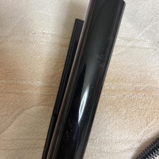 Lumiere Blanc(リュミエールブラン)のレプロナイザー4D ストレートアイロン スマホ/家電/カメラの美容/健康(ヘアアイロン)の商品写真