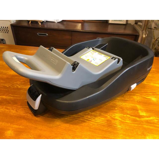 Maxi-Cosi(マキシコシ)のマキシコシ ファミリーフィックス maxicosi チャイルドシート ベース  キッズ/ベビー/マタニティの外出/移動用品(自動車用チャイルドシート本体)の商品写真