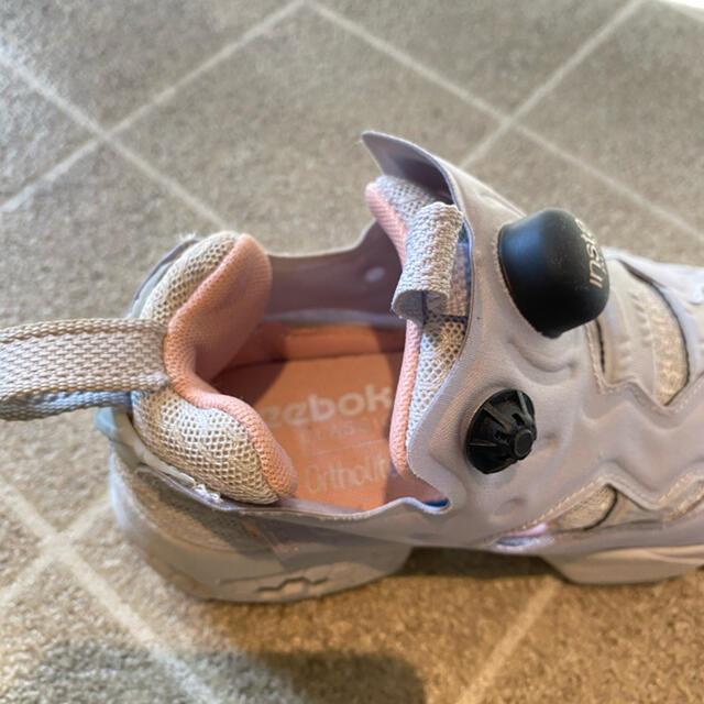 Reebok(リーボック)のお値下げ☆Reebok☆ポンプフューリー 22センチ レディースの靴/シューズ(スニーカー)の商品写真