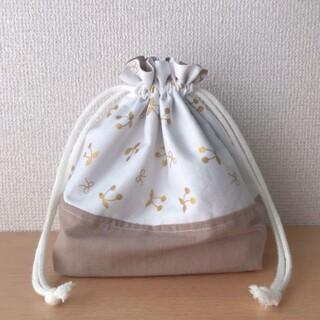 さくらんぼ ハンドメイド 巾着(外出用品)