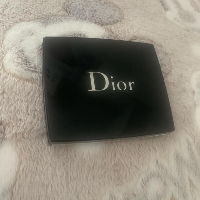 Dior(ディオール)のDior サンククルールクチュール サマーデューン 限定色 699 ミラージュ コスメ/美容のベースメイク/化粧品(アイシャドウ)の商品写真